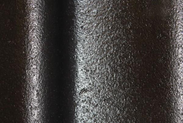 isonit-dakcoating-detail-zwart-iso-paint